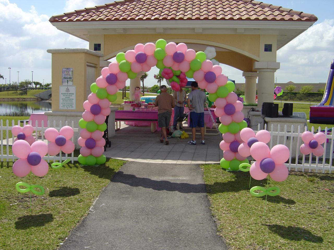 Balloon ideas on pinterest balloons balloon columns and for Balloon arch decoration ideas