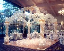 Dreamy Fantasy dance floor with arches and streamers