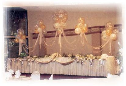 cloudnines with floral head table